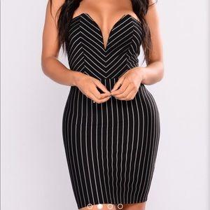 e0eb1836a6b09 Fashion Nova Dresses - FASHION NOVA strapless dress plus 1x NWT